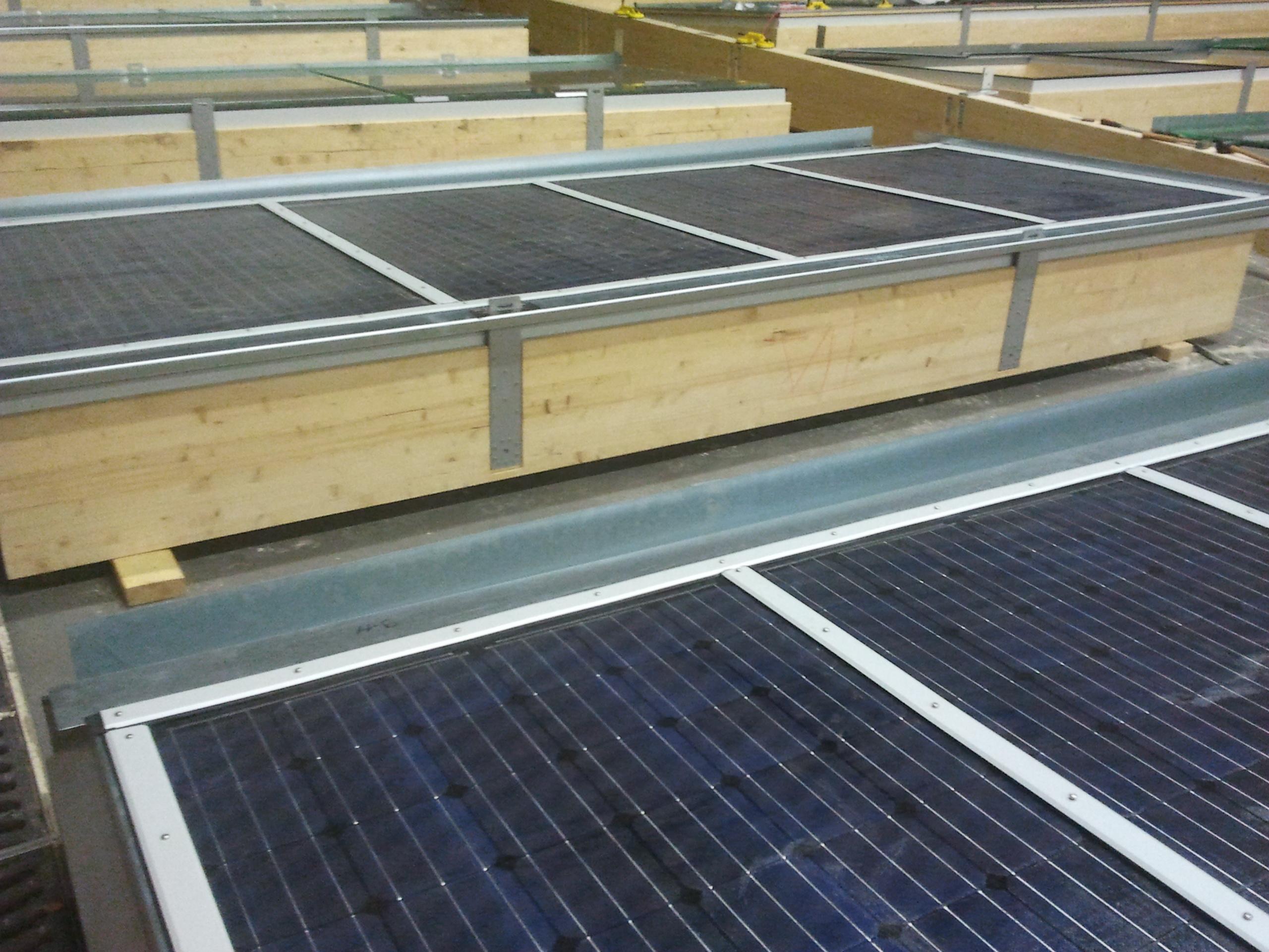 Pose panneaux Solar Decathlon