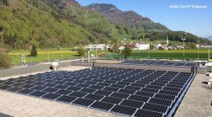 centre commercial panneau solaire